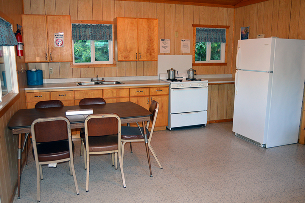 Ghost River Lodges - Ghost River Cabin Kitchen