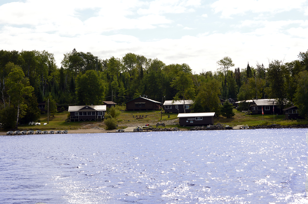 Ghost River Lodges - Ghost River Waterfront